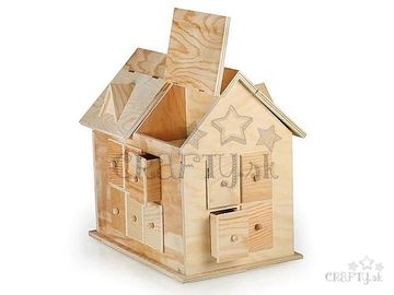 Drevený adventný kalendár domček